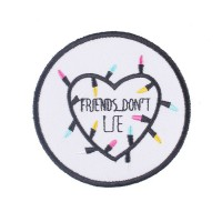 Нашивка FRIENDS DON`T LIE (7,5cм)